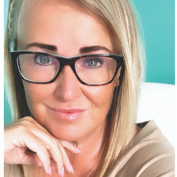 Ange Loughran - Work From Home Mentor